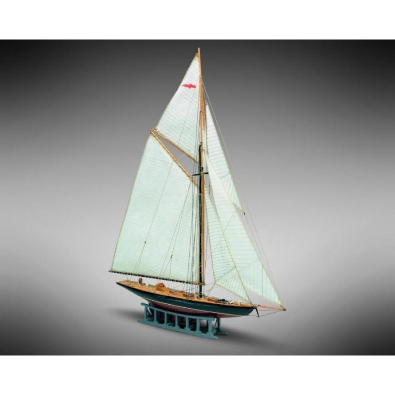 Britannia yacht - Mamoli MM9